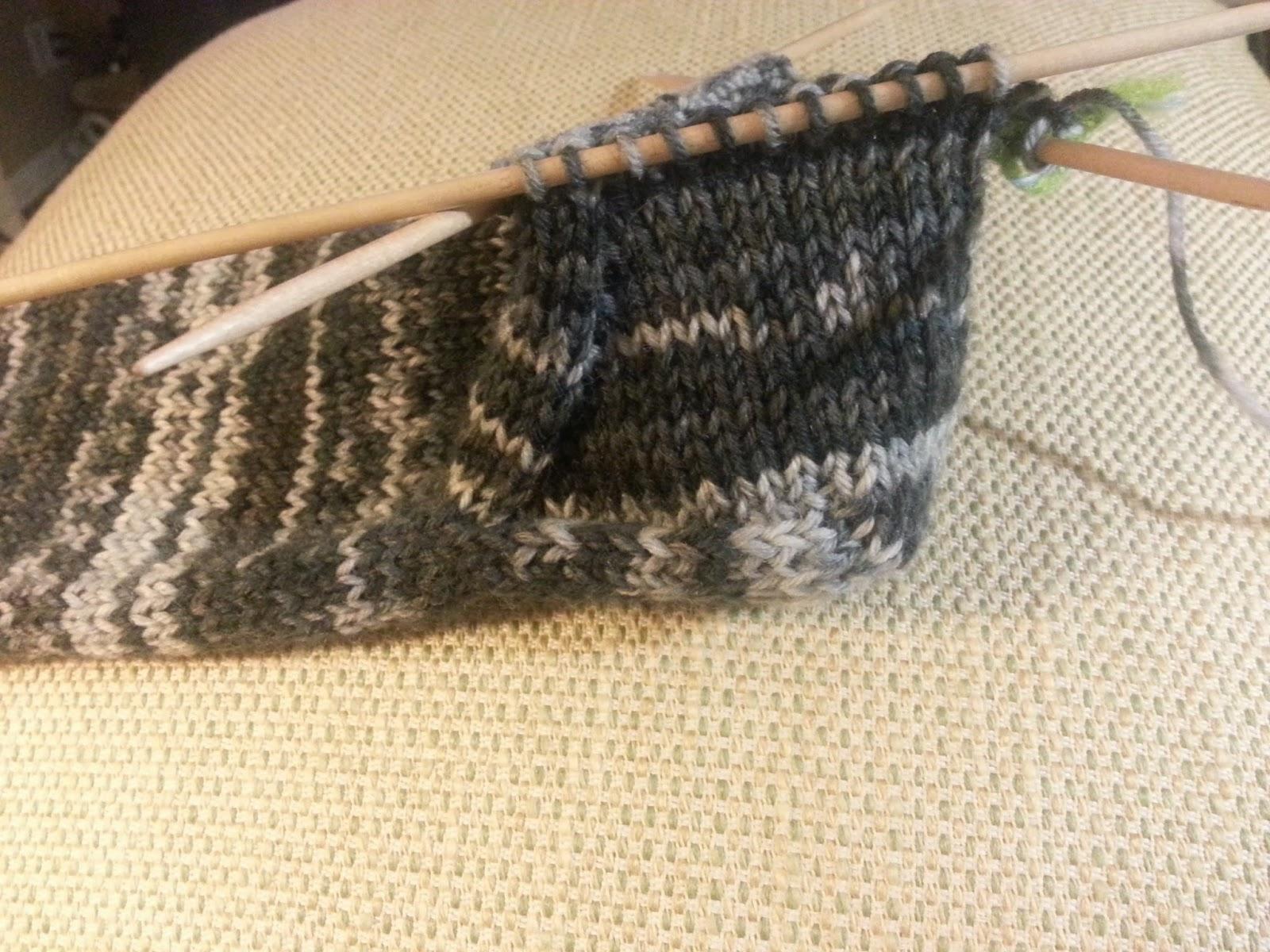 Knit Socks Pick Up Stitches Gusset : Lilly My Cat: Sock Knitting 101 - Sock Knit Along Part II