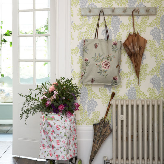 16 Great Ways To Dress Up A Drab Hallway: New Home Interior Design: Country Hallway