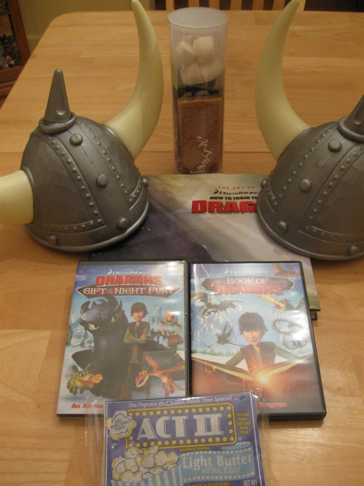 how to train your dragon book of dragons night fury