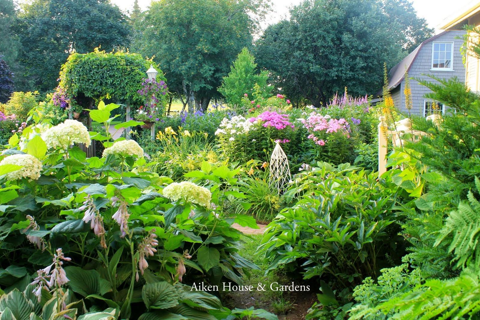 aiken house gardens in an english country garden. Black Bedroom Furniture Sets. Home Design Ideas