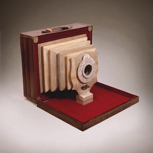 11-Cognition-Ching-Ching-Cheng-Vintage-Camera-Sculptures-Made-of-Books-and-Maps-www-designstack-co