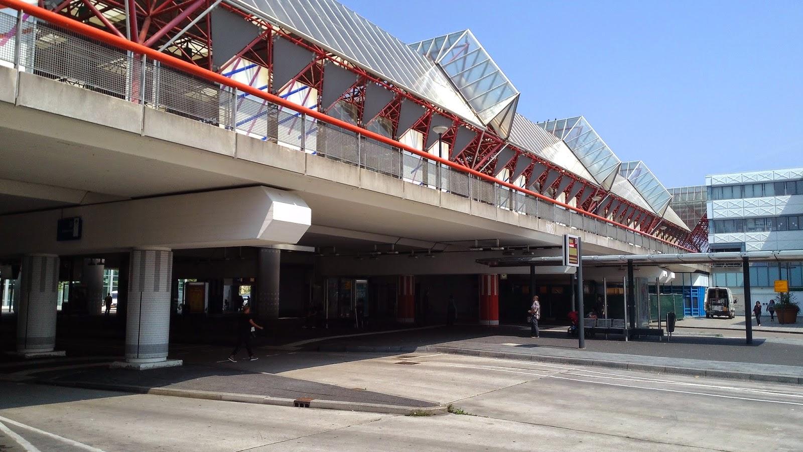 Almere Station