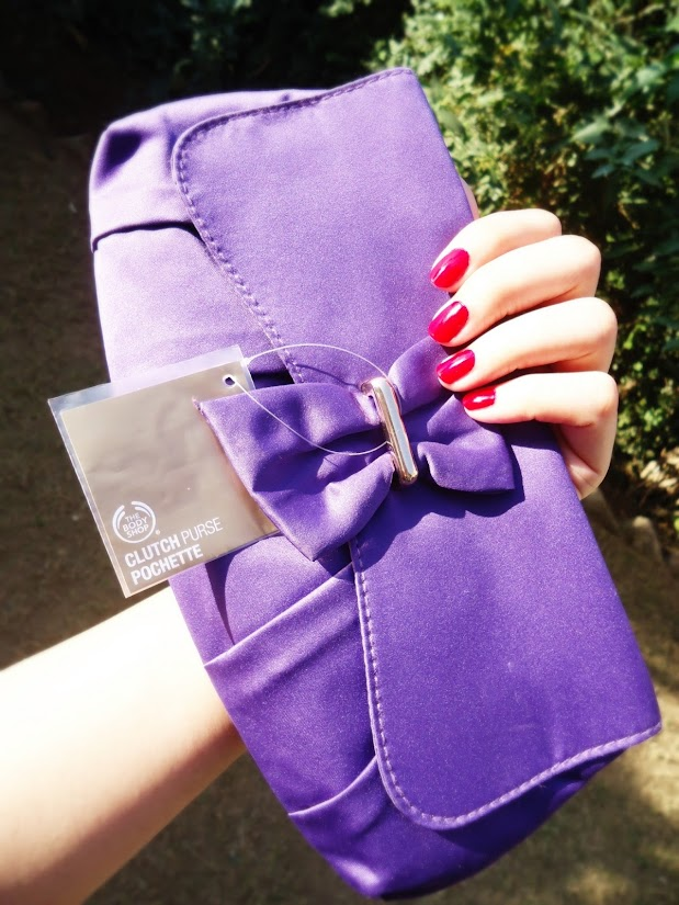 The Body Shop White Musk Collection Purple Clutch Ba