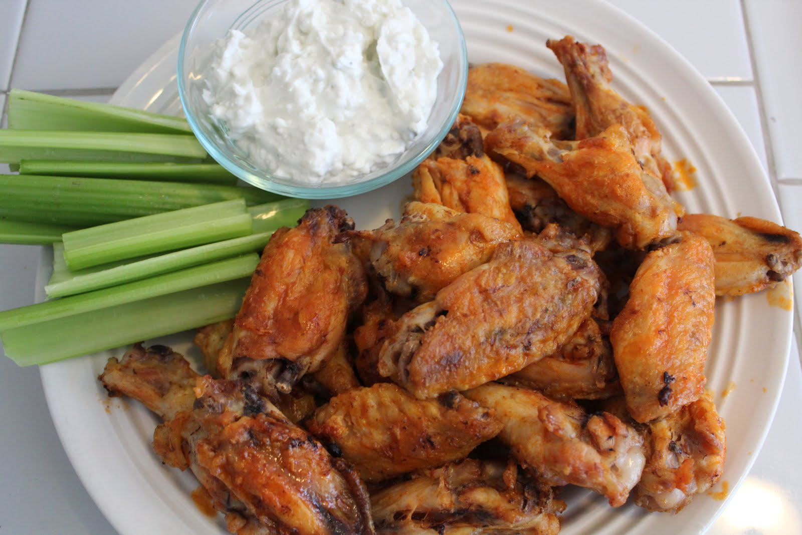 Yummy Healthy Easy: {Broiled} Buffalo Wings