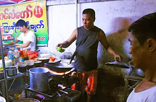 Street food at Yangon Chinatown