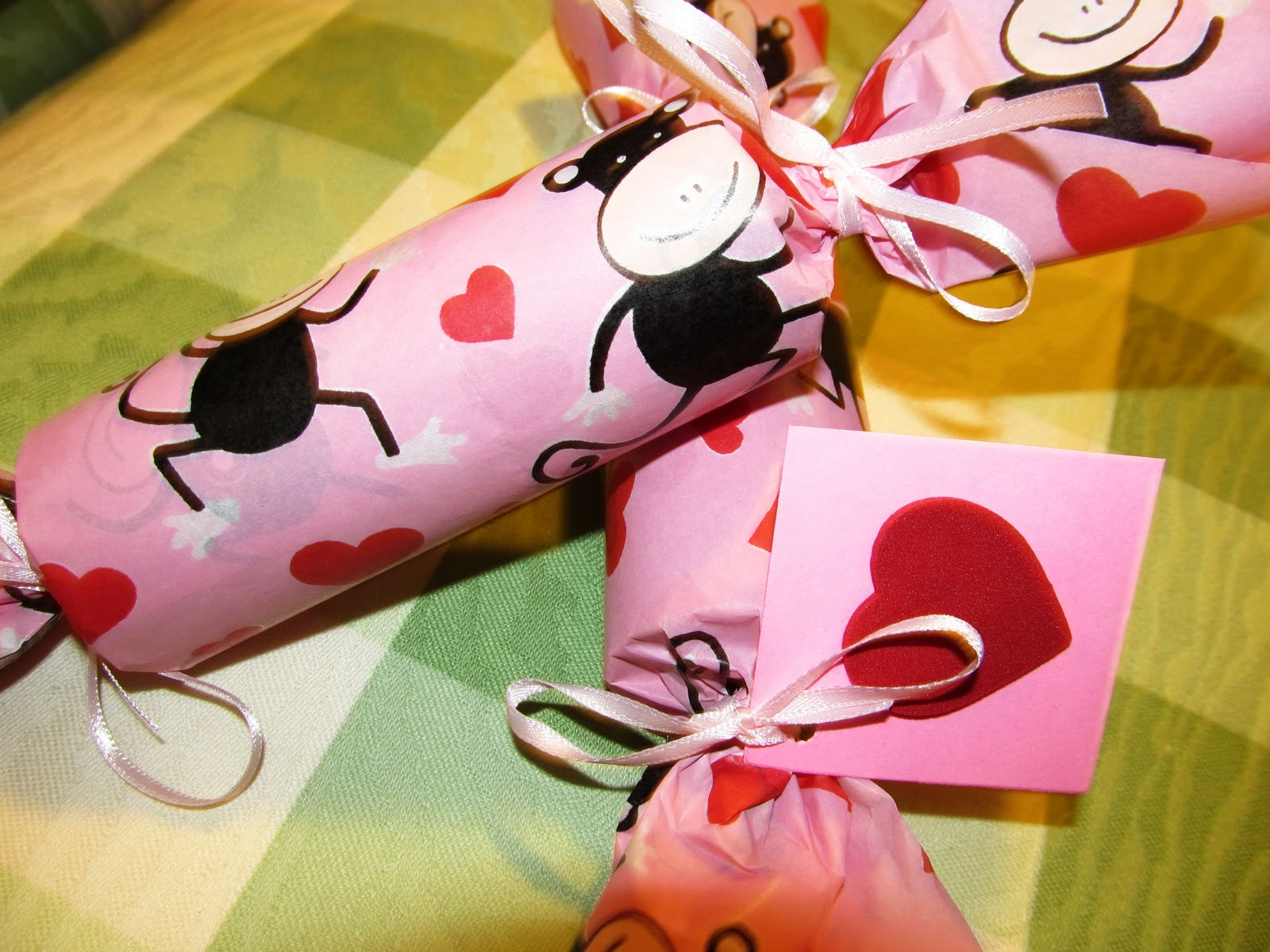 Hand Made and Lovely: Valentine\'s Day Gift Tutorial