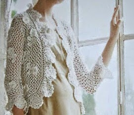 Romántico Bolero con flores y ondas tejido al crochet - con patrones y esquemas