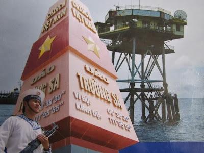 Hình ảnh những người lính Trường Sa ngày đem canh giữ biển đảo Tổ quốc