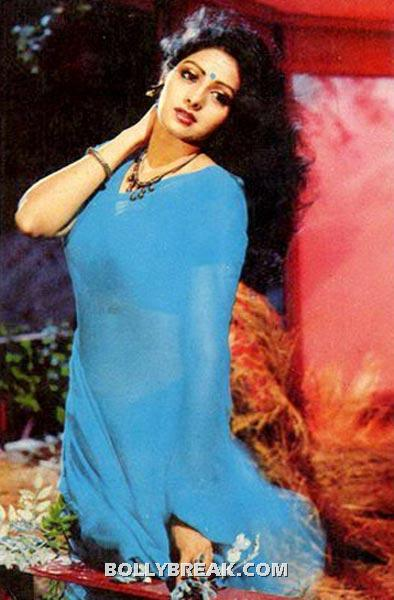Sridevi is the ideal body for a sari and thats what she wears best. - (6) - Memorable bollywood outfits over the years- hot!!