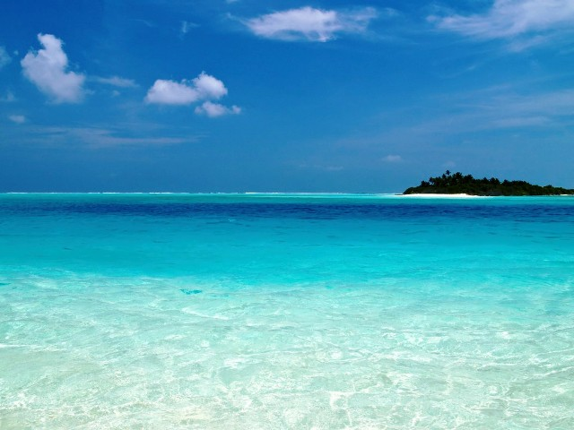 And that 39 s the way it is here there and everywhere for Best clear water beaches in the world