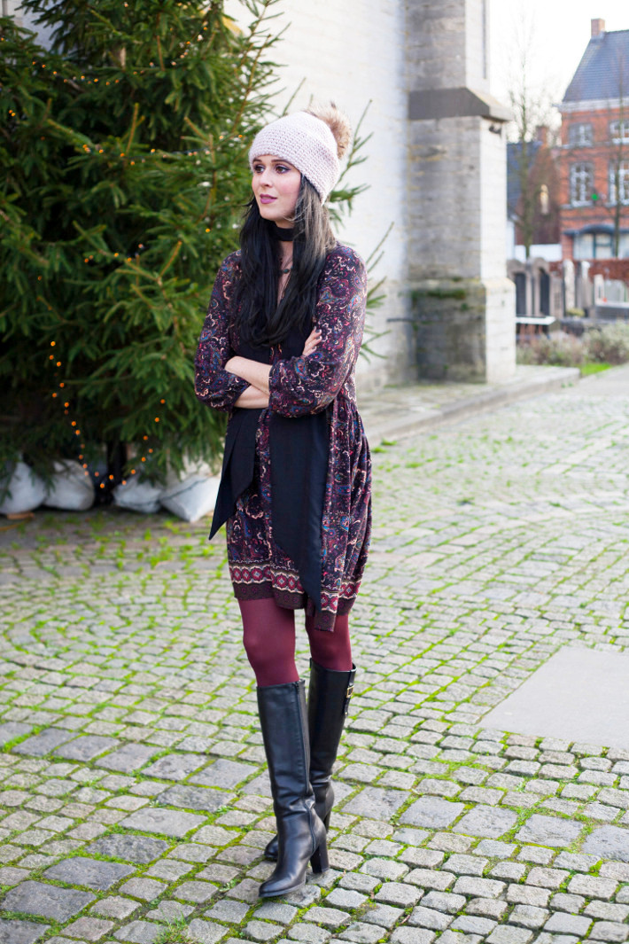 Outfit: 70s paisley dress with knee high boots
