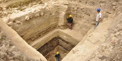 Temuan Baru Kompleks Bangunan Piramida Suku Maya