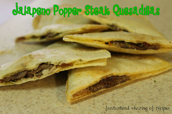 Jalapeno Popper Steak Quesdillas - knock those regular old quesadillas up a notch! #recipe