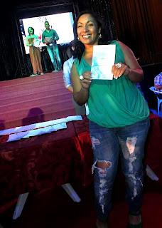 La cantante Osdalgia, nominada en la categoría Canción en Vivo