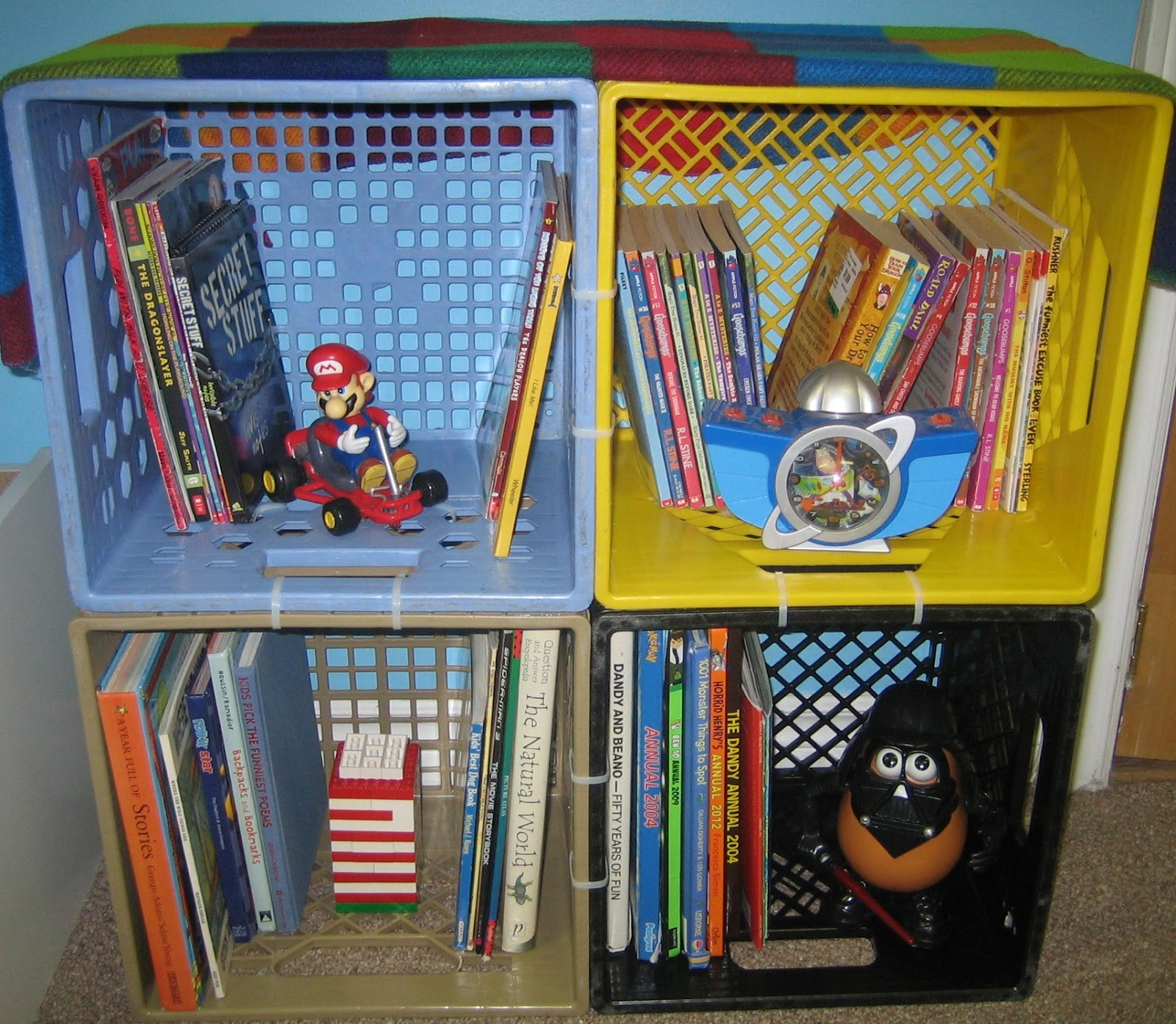 nickety nackety noo milk crate bookshelves - Using Crates As Bookshelves