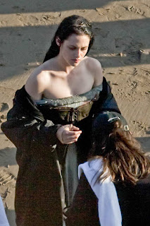Kristen Stewart is soaking wet on the snow white set