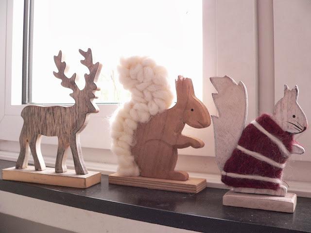Holz Tiere Hirsch Eichhörnchen Deko