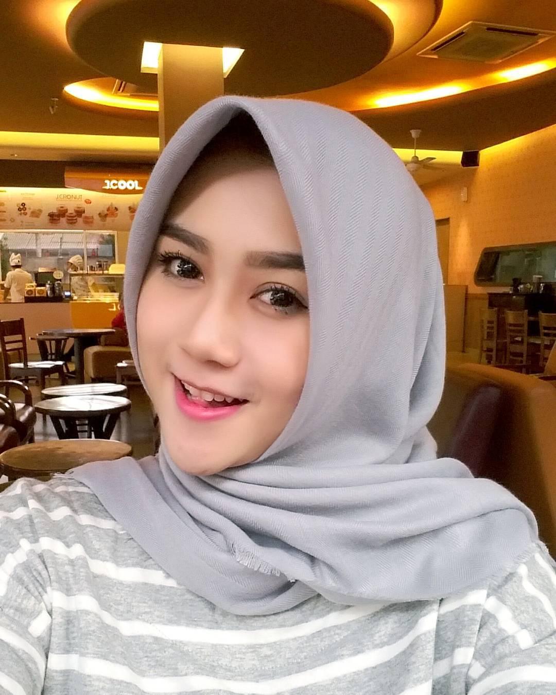 Seribu Hijabers: My Face
