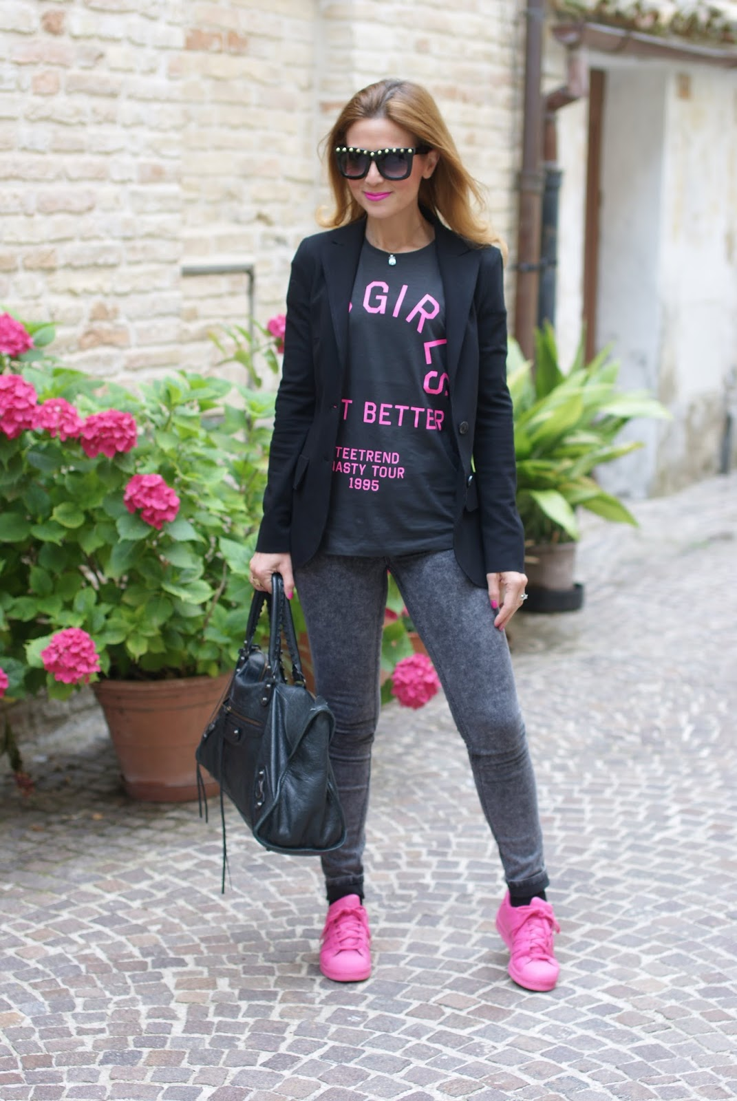 pink adidas supercolor sneakers, bad girls do it better t-shirt, rock look on Fashion and Cookies fashion blog, fashion blogger style