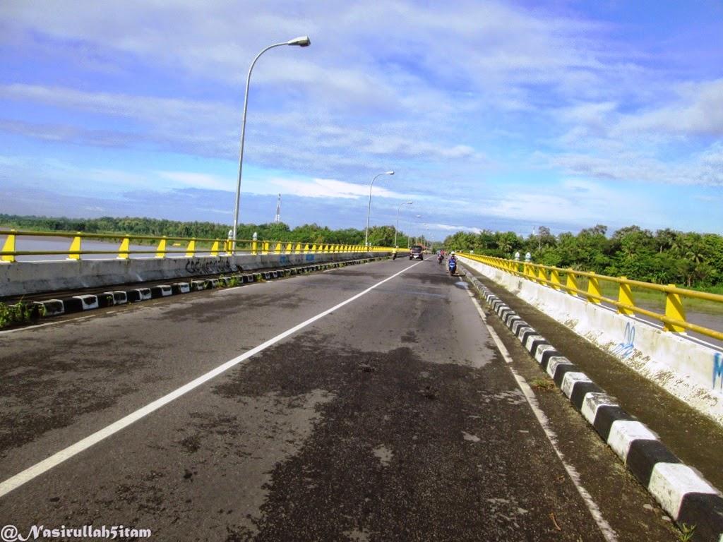 Ruas jalan di Jembatan Srandakan, Bantul