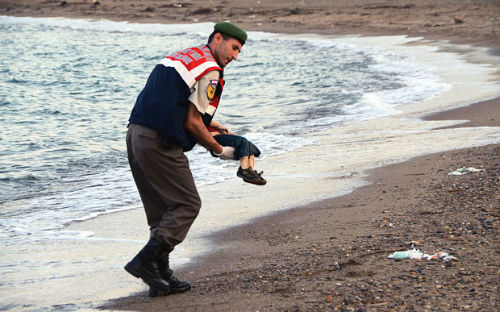 Gambar Meruntun Hati Anak Syurga Ini VIRAL Di Seluruh Dunia
