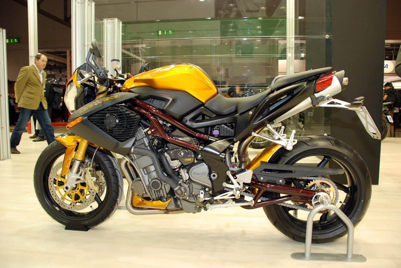 Ducati Monster 696 Benelli Cafe Racer 899 Design In Cc
