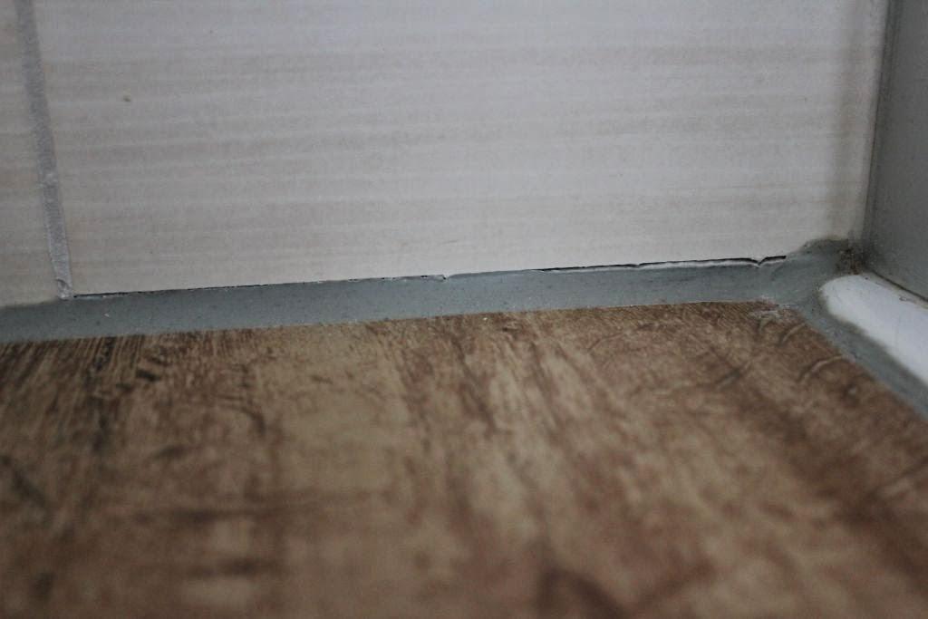 abenteuer traumhaus neuer ausblick und mal wieder eine fliese. Black Bedroom Furniture Sets. Home Design Ideas
