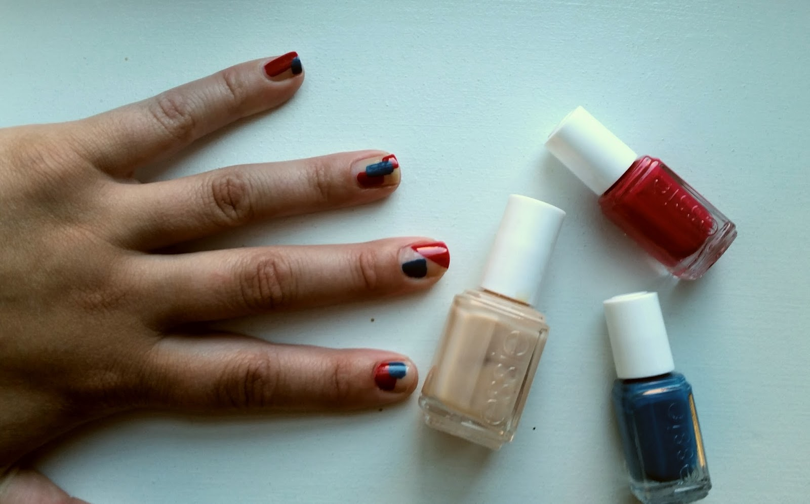 Stranded In Chicago Mani Monday Easy Geometric Nail Art