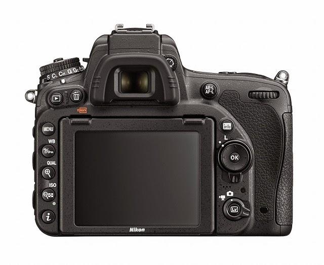 Fotografia del dorso e del monitor della Nikon D750