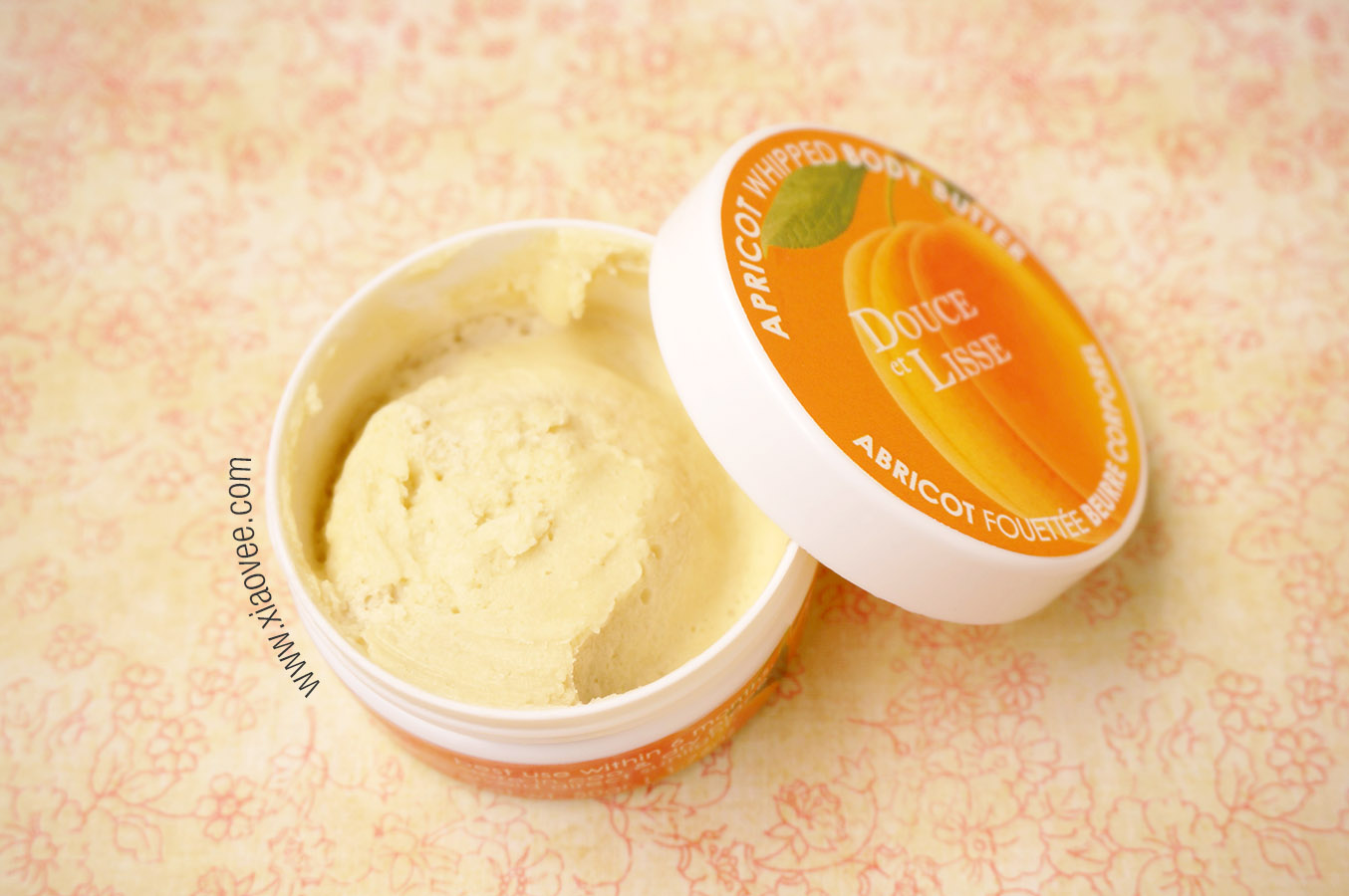 Douce et Lisse, whipped body butter in apricot