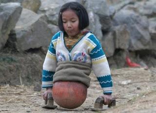 Qian Hongyan (Gadis Bola Yang Pantang Menyerah)