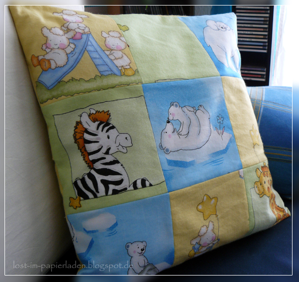 lost im papierladen patchwork kissen f r 39 s kinderzimmer. Black Bedroom Furniture Sets. Home Design Ideas