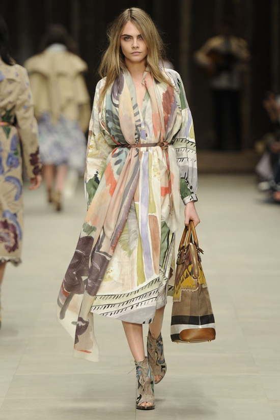 Cara Delevingne Burberry Prorsum Fall Winter 2014 show London Fashion Week