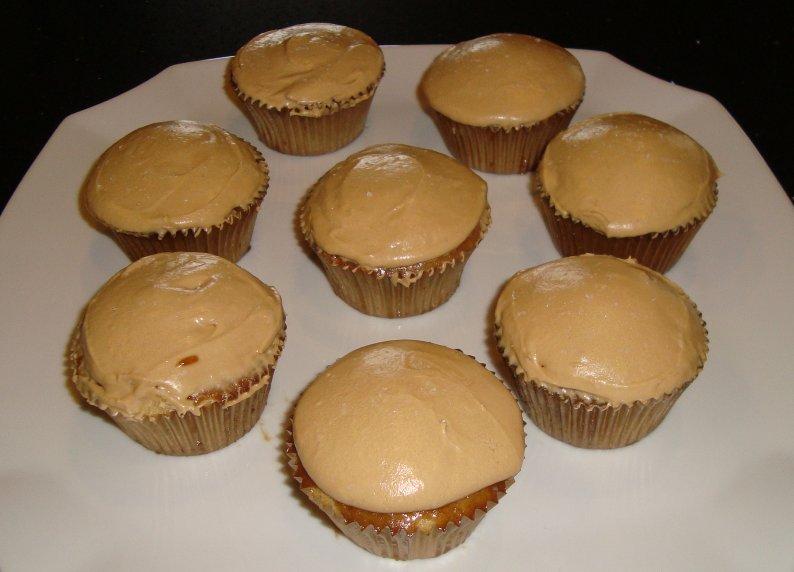 Sarah's Kitchen: Caramel Cupcakes with Salted Caramel Buttercream