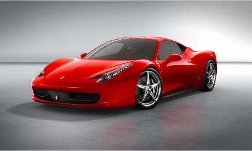 Ferrari 458 Italia o masina de lux
