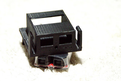 LiPo battery holder for old Tamiya bathtub chassis P1100761