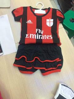 gambar desain jersey rok bayi gambar photo foto kamera Jersey setelan rok Ac Milan home Adidas terbaru musim 2015/2016 di enkosa sport toko online terpercaya lokasi di jakarta pasar tanah abang