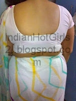 bengali hot aunty showing her bare blouse back