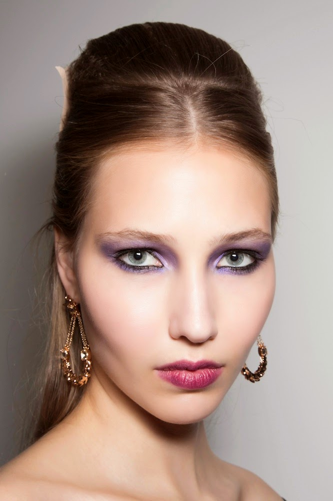 Color Clash: These Daring Makeup Pairings Are So Wrong, They're Right
