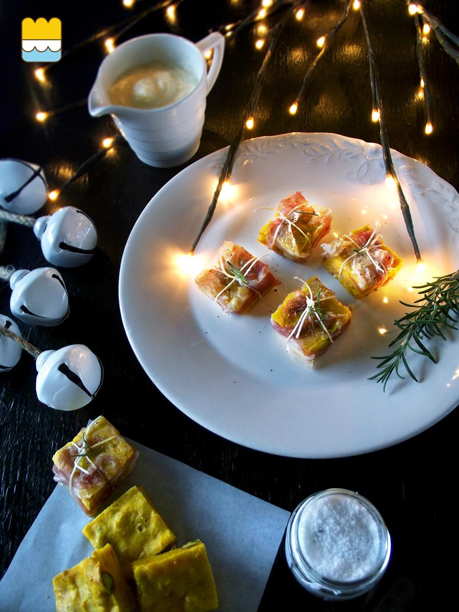 finger food di torta di carote salata,  avvolta nella pancetta croccante