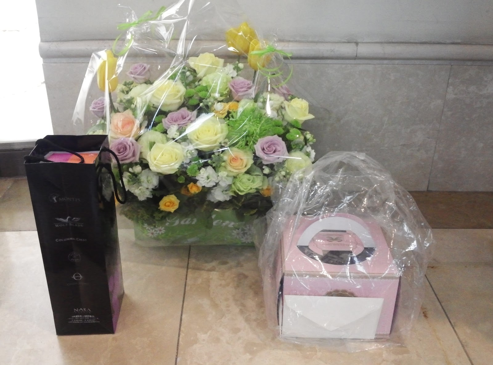 HyunMin GFORCE Flowers Wine and a Birthday Cake for MinMin from