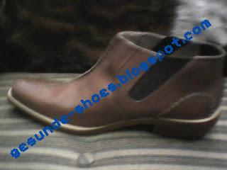 sepatu gesunde yang simpel tapi tetap modis