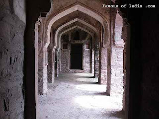 haunted Bhangarh fort rajsthan india  image picture