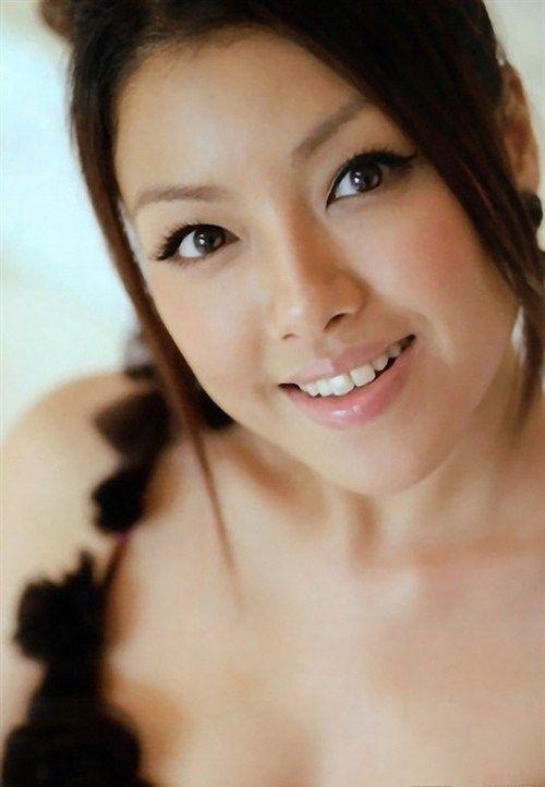 Yuna Ito - HD Wallpapers