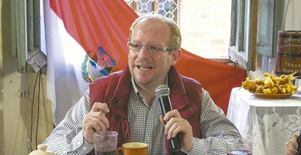A un año de gestión del gobernador de Tarija, logró reducir gastos de funcionamiento en 40%