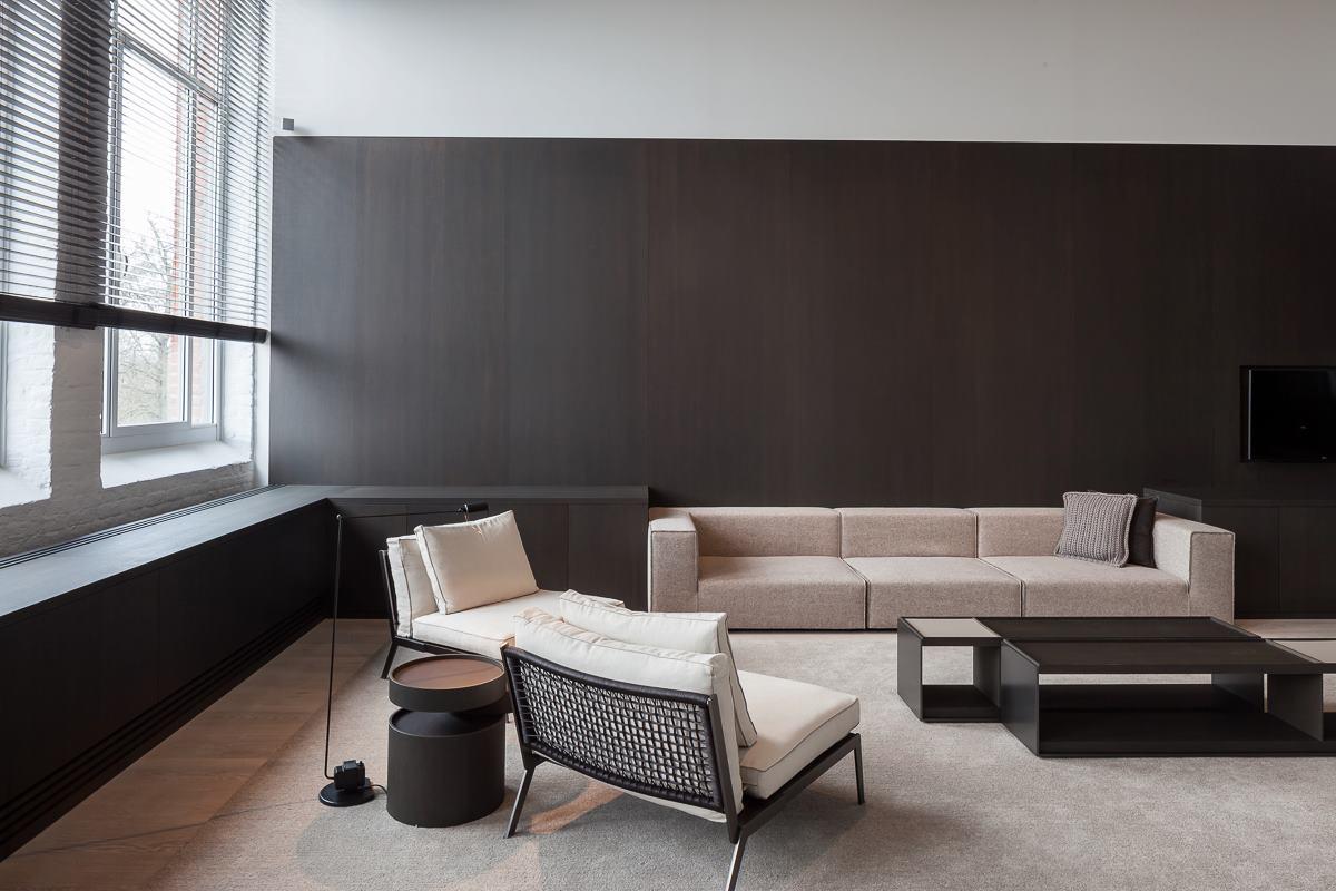 design insider vincent van duysen dolorosamente elegante. Black Bedroom Furniture Sets. Home Design Ideas