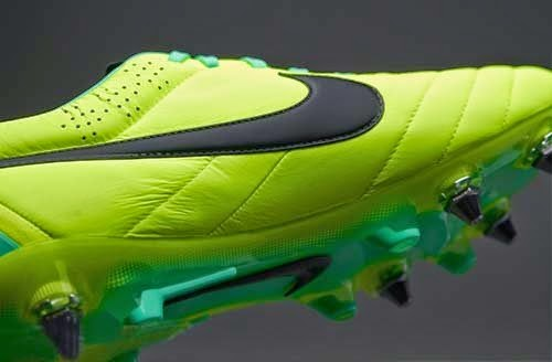 Goalkeeper boots Nike Tiempo Legend IV SG Pro