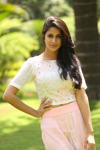 Lavanya Tripathi Latest HD Photos At Lachindeviki O Lekkundi Press Meet