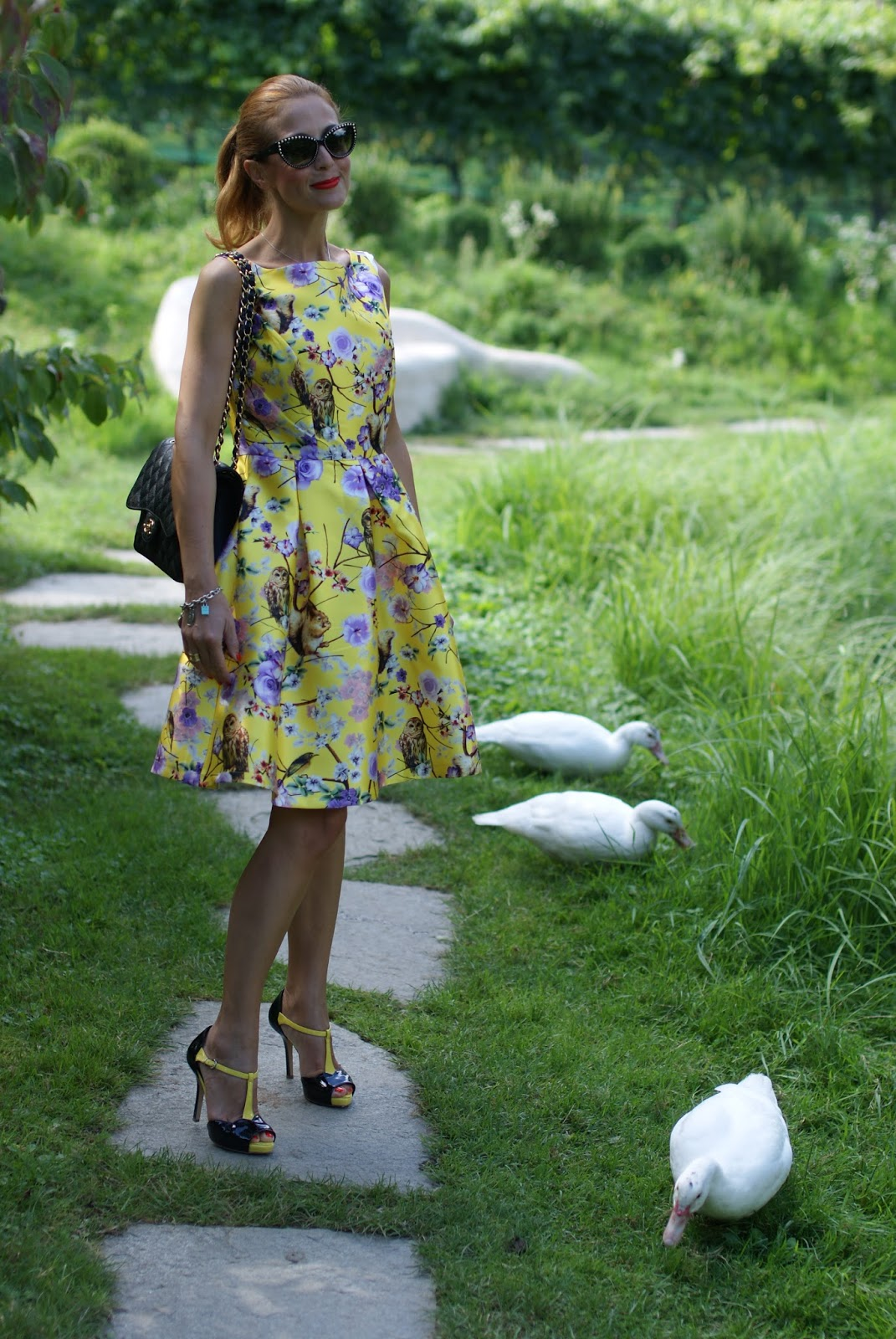 Duck fashion show or just a girly bon ton outfit on Fashion and Cookies fashion blog