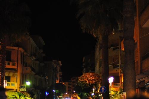 Venitmiglia Italy street concert jamestravelpictures.blogspot.com